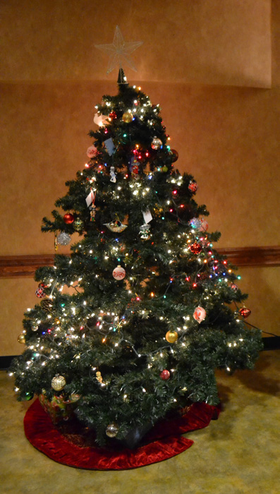 Although live Christmas tree fires do not commonly occur, when they do, they are dangerous.
